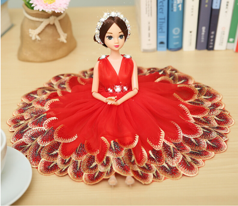 Red Peacock Barbie Wedding Dolls For Car Decoration