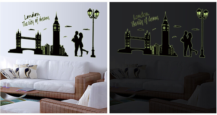London The City of Dreams Glod in The Dark Wall Sticker